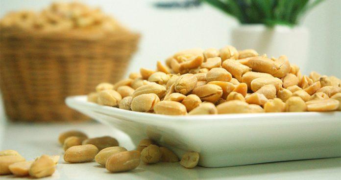 cachorro pode comer amendoim